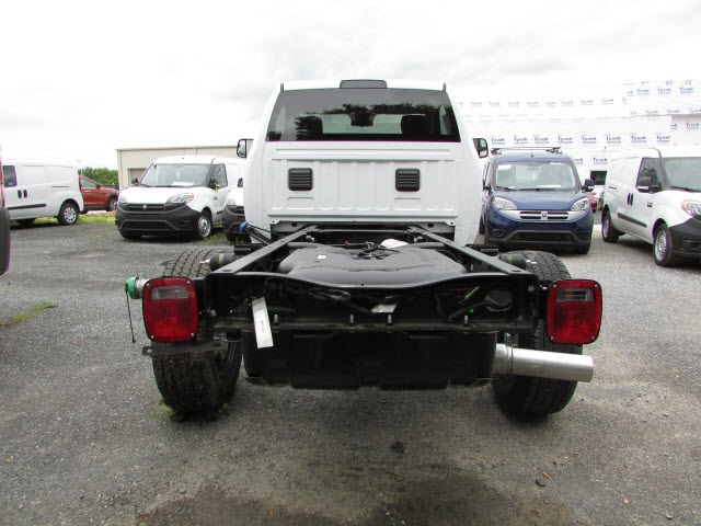 2017 Ram 3500 Regular Cab DRW 4x4, Cab Chassis #12638560 - photo 6