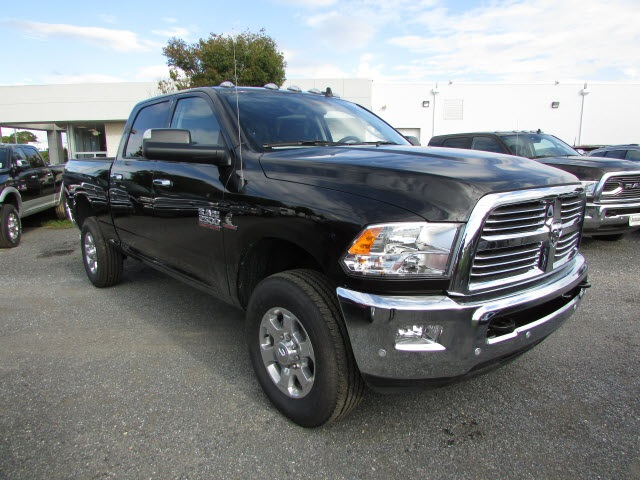 2018 Ram 2500 Crew Cab 4x4,  Pickup #44102379 - photo 3
