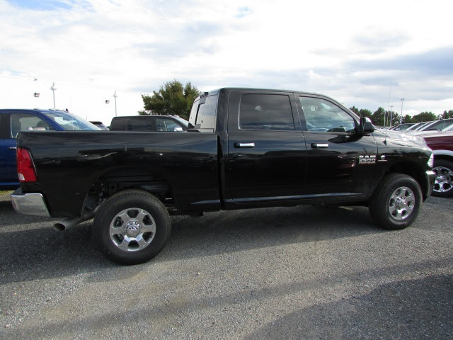 2018 Ram 2500 Crew Cab 4x4,  Pickup #44102379 - photo 4