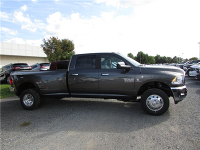 2018 Ram 3500 Crew Cab DRW 4x4, Pickup #44114146 - photo 4
