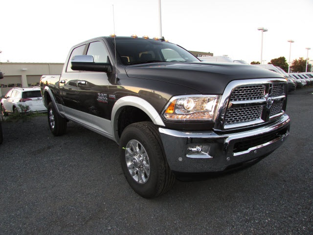 2018 Ram 2500 Crew Cab 4x4,  Pickup #44128046 - photo 3