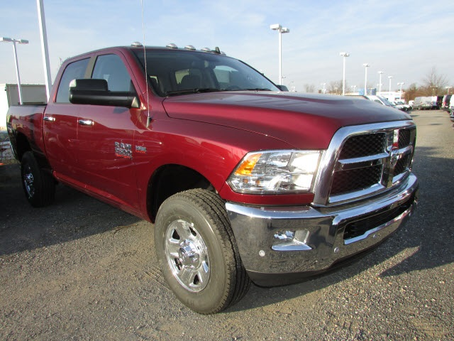 2018 Ram 2500 Crew Cab 4x4, Pickup #44128176 - photo 3