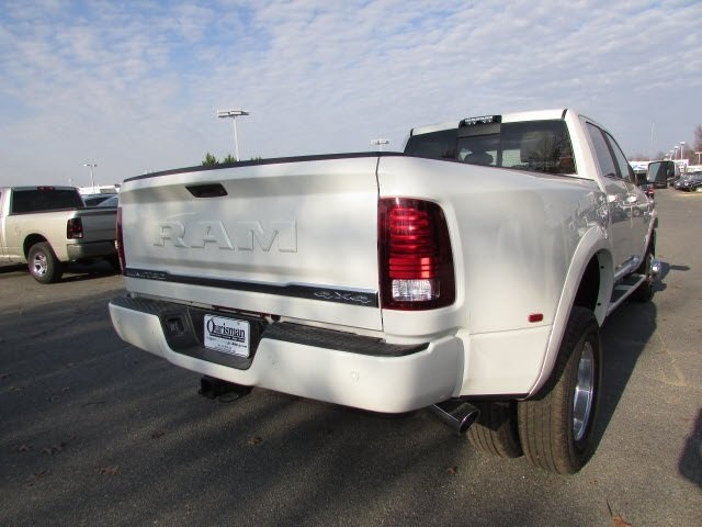 2018 Ram 3500 Crew Cab DRW 4x4, Pickup #44134048 - photo 5