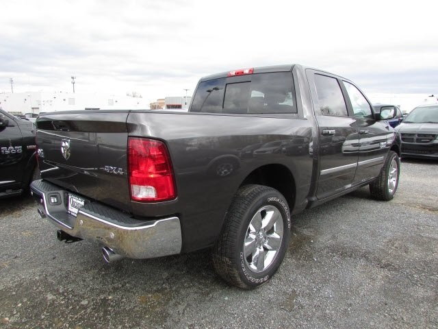 2018 Ram 1500 Crew Cab 4x4,  Pickup #45118545 - photo 4