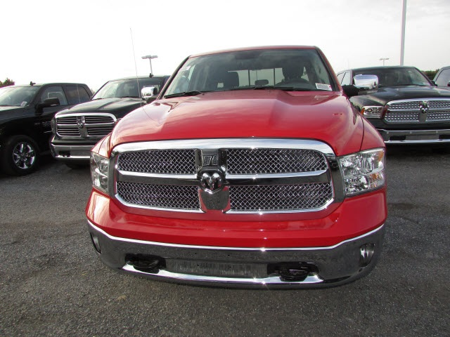 2018 Ram 1500 Crew Cab 4x4,  Pickup #45168914 - photo 9