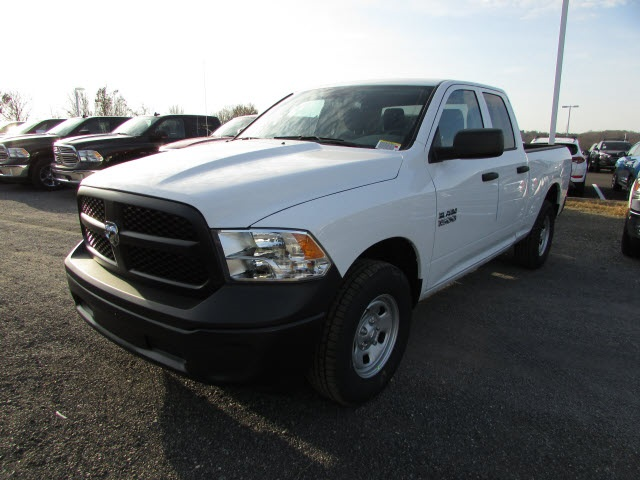 2018 Ram 1500 Quad Cab 4x4 Pickup #45176390 - photo 1