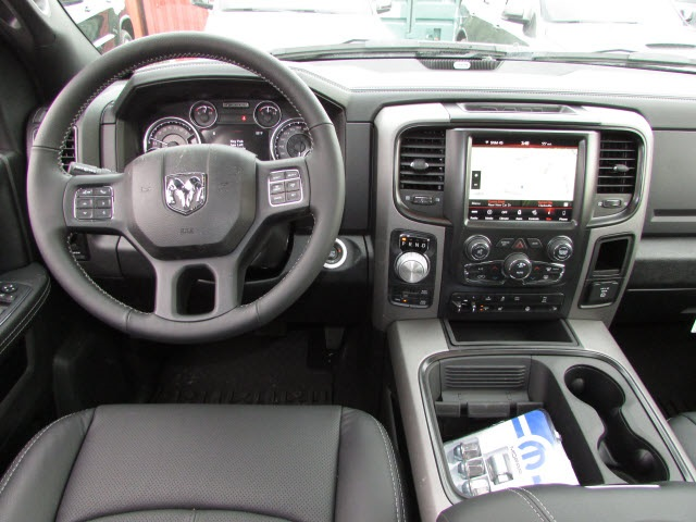 2018 Ram 1500 Crew Cab 4x4, Pickup #45187139 - photo 13