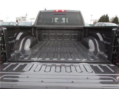 2018 Ram 1500 Crew Cab 4x4, Pickup #45187139 - photo 7
