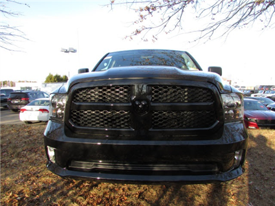 2018 Ram 1500 Quad Cab 4x4, Pickup #45207623 - photo 8