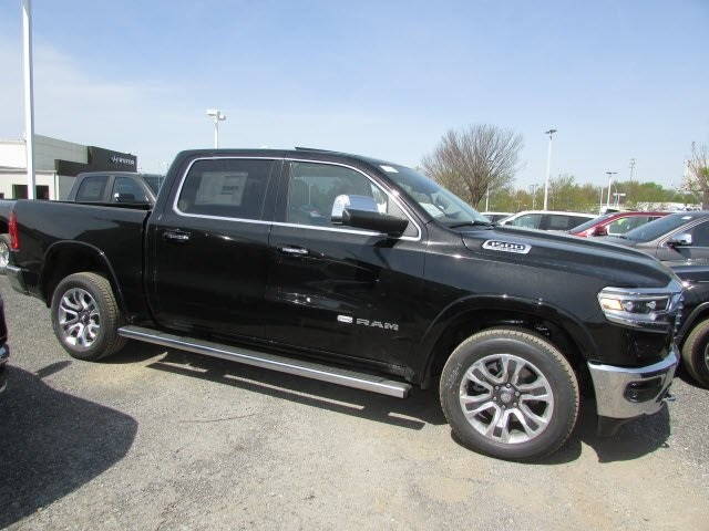 2019 Ram 1500 Crew Cab 4x4,  Pickup #45519041 - photo 4