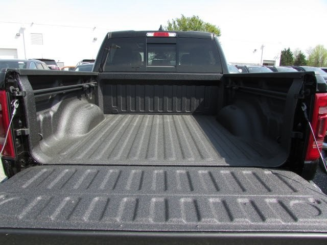 2019 Ram 1500 Crew Cab 4x4,  Pickup #45519041 - photo 7
