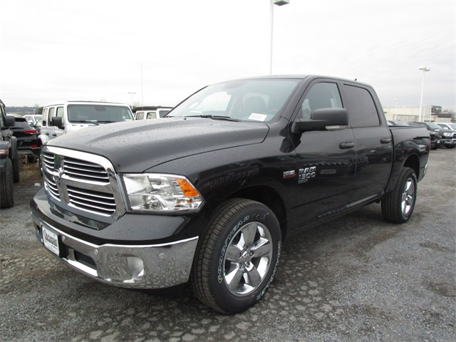 2019 Ram 1500 Crew Cab 4x4,  Pickup #45571023 - photo 5