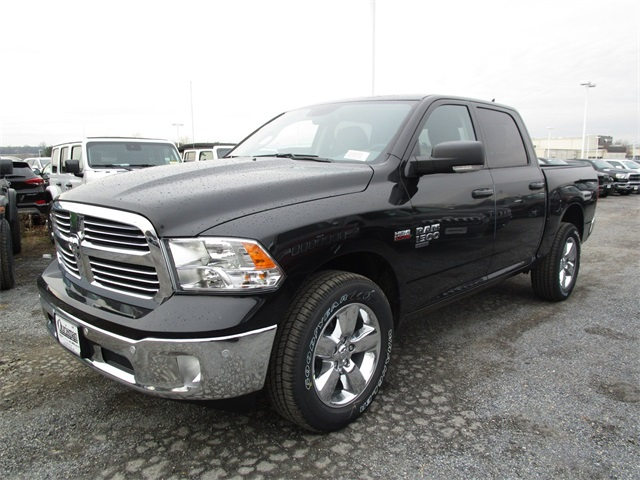 2019 Ram 1500 Crew Cab 4x4,  Pickup #45571023 - photo 6