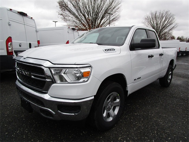 2019 Ram 1500 Quad Cab 4x4,  Pickup #45676275 - photo 4