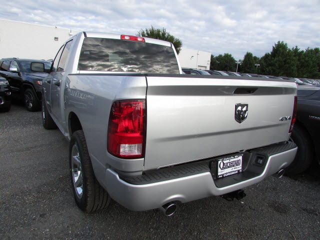 2017 Ram 1500 Crew Cab 4x4,  Pickup #45761581 - photo 2