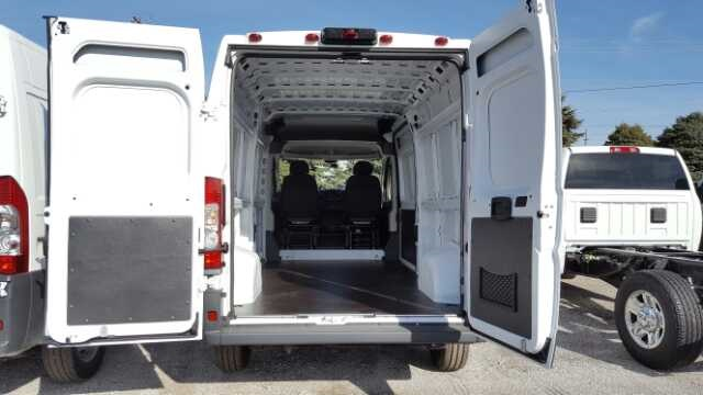 2017 ProMaster 2500 High Roof, Cargo Van #17250 - photo 2