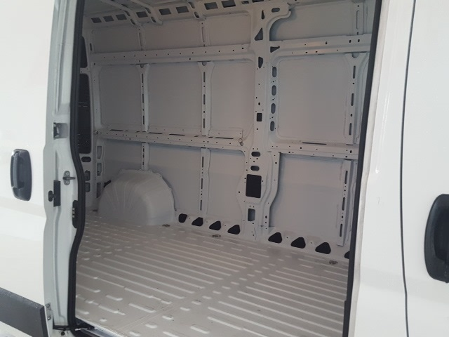 2018 ProMaster 2500 High Roof FWD,  Empty Cargo Van #18035 - photo 9