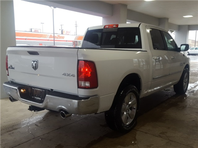 2018 Ram 1500 Crew Cab 4x4 Pickup #18093 - photo 5