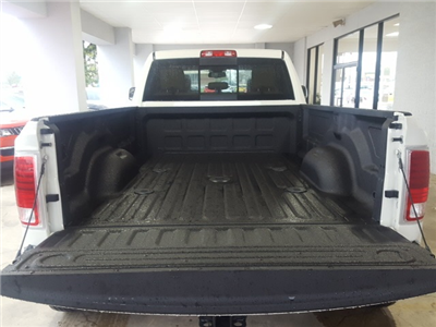 2018 Ram 3500 Crew Cab DRW 4x4, Pickup #18094 - photo 4