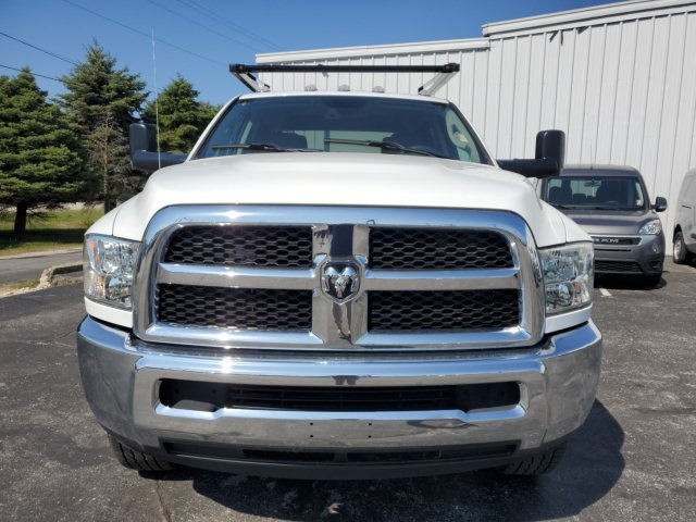 2018 Ram 3500 Crew Cab 4x4, Cab Chassis #18142 - photo 11