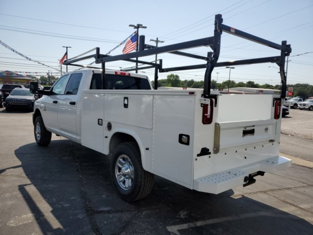2018 Ram 3500 Crew Cab 4x4, Cab Chassis #18142 - photo 6