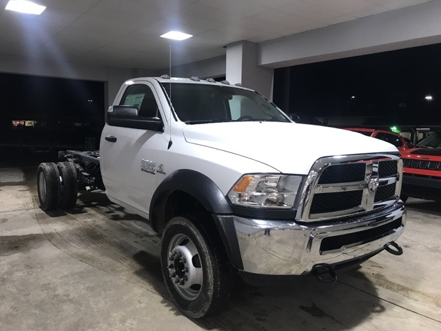 2018 Ram 4500 Regular Cab DRW 4x4, Cab Chassis #18249 - photo 5