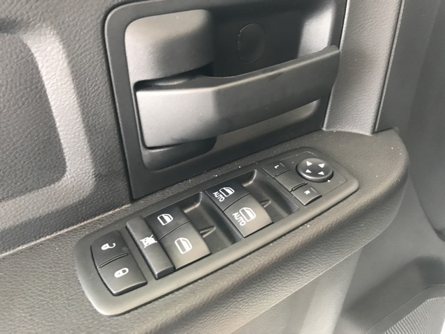 2018 Ram 2500 Crew Cab 4x4, Pickup #18315 - photo 10