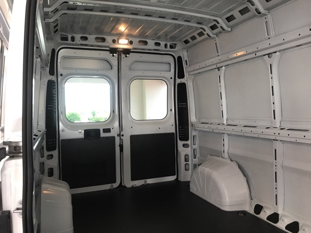 2018 ProMaster 2500 High Roof FWD,  Empty Cargo Van #18594 - photo 8