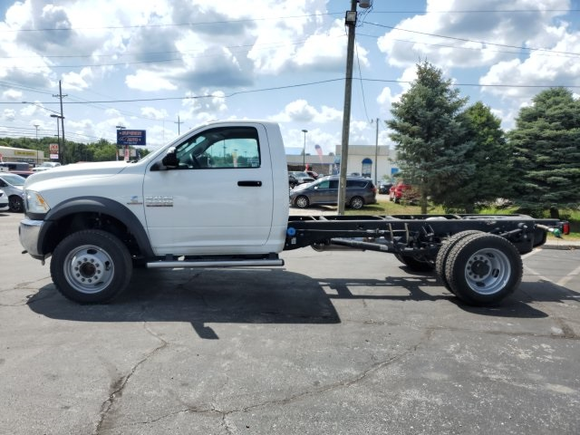 2018 Ram 4500 Regular Cab DRW 4x4,  Cab Chassis #18647 - photo 5