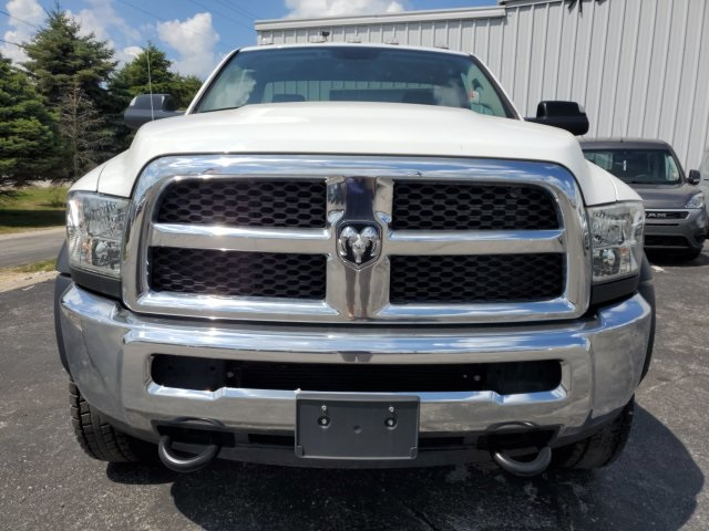 2018 Ram 4500 Regular Cab DRW 4x4,  Cab Chassis #18647 - photo 9