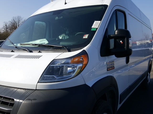 2018 ProMaster 2500 High Roof FWD,  Empty Cargo Van #18680 - photo 8