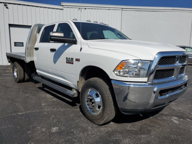 2018 Ram 3500 Crew Cab DRW 4x4,  Knapheide Platform Body #18682 - photo 9