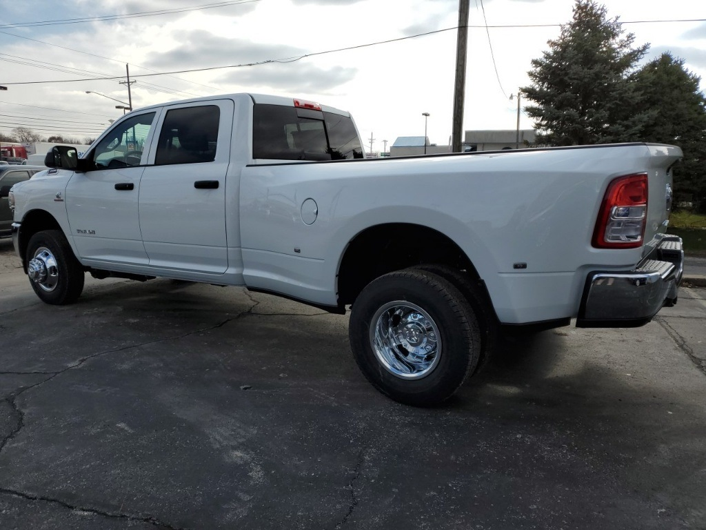 2019 Ram 3500 Crew Cab DRW 4x4, Pickup #19594 - photo 1