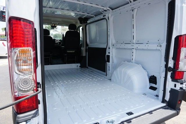 2018 ProMaster 1500 Standard Roof FWD,  Empty Cargo Van #E140030 - photo 14