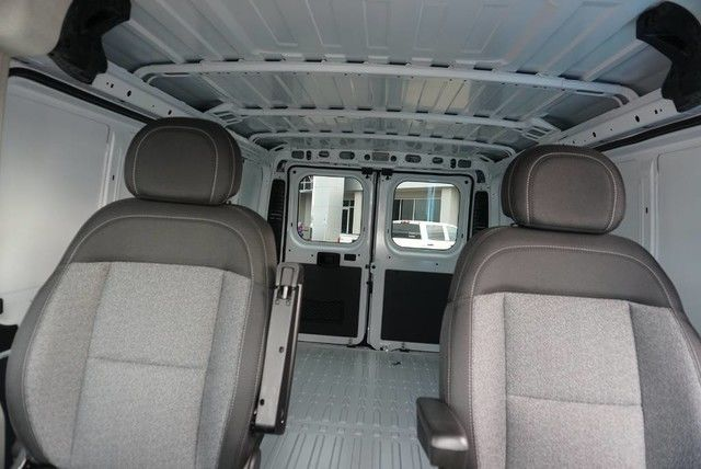 2018 ProMaster 1500 Standard Roof FWD,  Empty Cargo Van #E155930 - photo 32