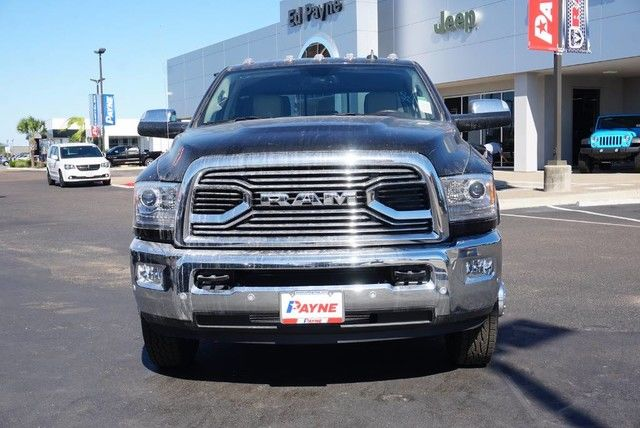 2018 Ram 3500 Crew Cab DRW 4x4,  Pickup #G104086 - photo 4
