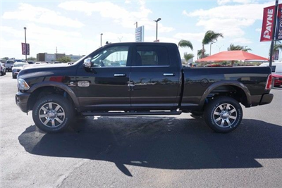 2018 Ram 2500 Crew Cab 4x4, Pickup #G139506 - photo 4