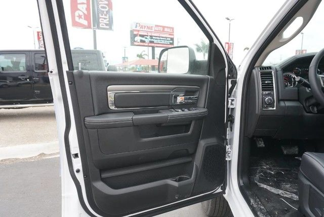 2018 Ram 3500 Crew Cab DRW 4x4,  Pickup #G146903 - photo 26