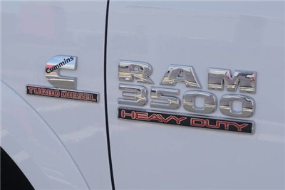 2018 Ram 3500 Crew Cab DRW 4x4, Pickup #G152899 - photo 7