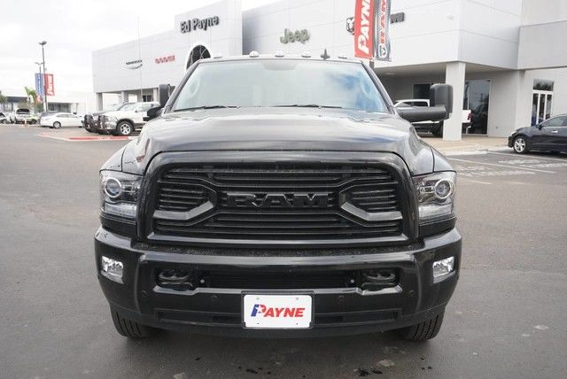 2018 Ram 3500 Crew Cab DRW 4x4, Pickup #G152919 - photo 3