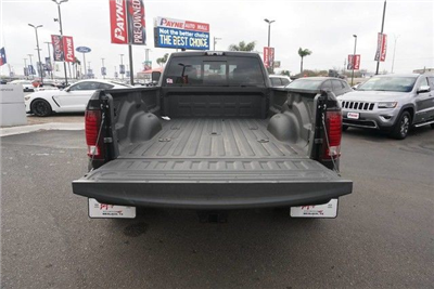 2018 Ram 3500 Crew Cab DRW 4x4, Pickup #G152919 - photo 18