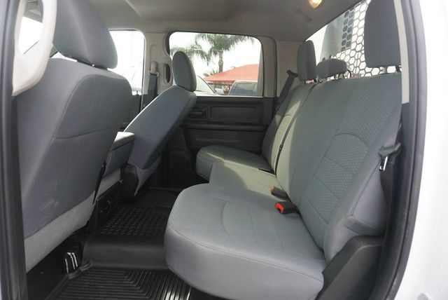2018 Ram 5500 Crew Cab DRW 4x4, Platform Body #G166987 - photo 19