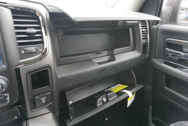 2018 Ram 1500 Regular Cab, Pickup #G179765 - photo 28