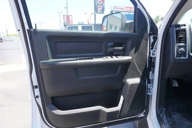 2018 Ram 3500 Crew Cab DRW 4x4,  Pickup #G229213 - photo 22