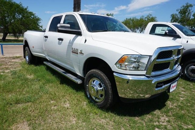 2018 Ram 3500 Crew Cab DRW 4x4, Pickup #G241463 - photo 3