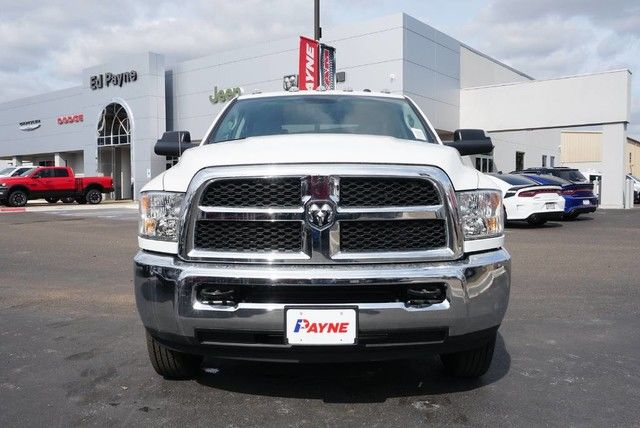 2018 Ram 3500 Crew Cab DRW 4x4,  Pickup #G339732 - photo 3