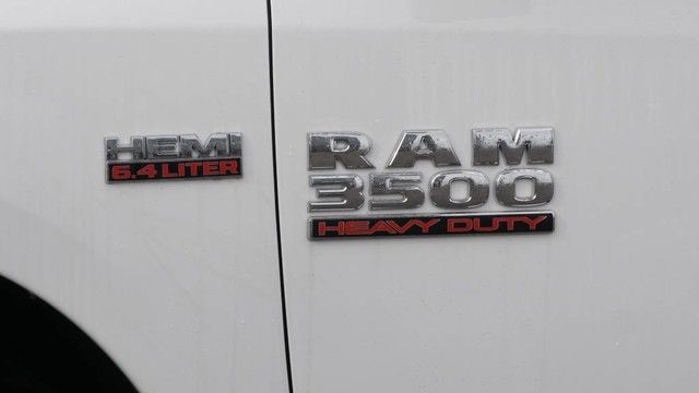 2018 Ram 3500 Crew Cab DRW 4x4,  Pickup #G339733 - photo 7