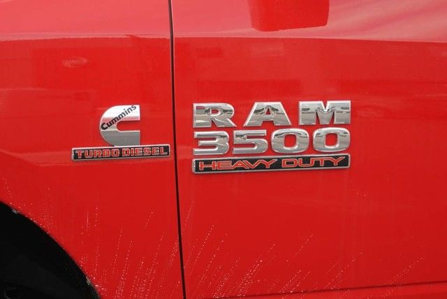 2018 Ram 3500 Crew Cab DRW 4x4,  Pickup #G352840 - photo 7