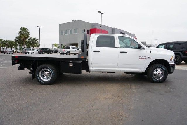 2018 Ram 3500 Crew Cab DRW 4x4,  Platform Body #G376274 - photo 21