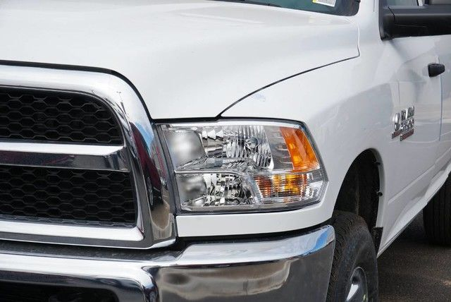 2018 Ram 2500 Crew Cab 4x4,  Pickup #G380009 - photo 3
